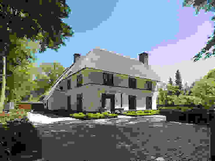 Rumah Modern Oleh Friso Woudstra Architecten BNA B.V. Modern