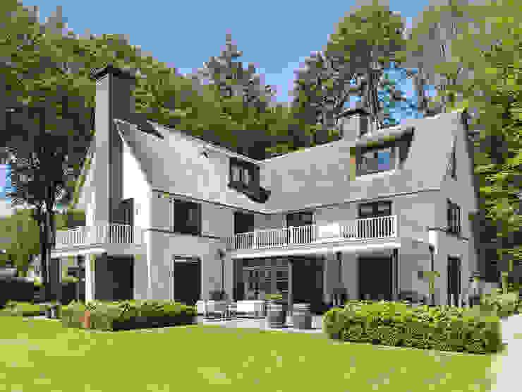 Terrazas de estilo  por Friso Woudstra Architecten BNA B.V., Moderno