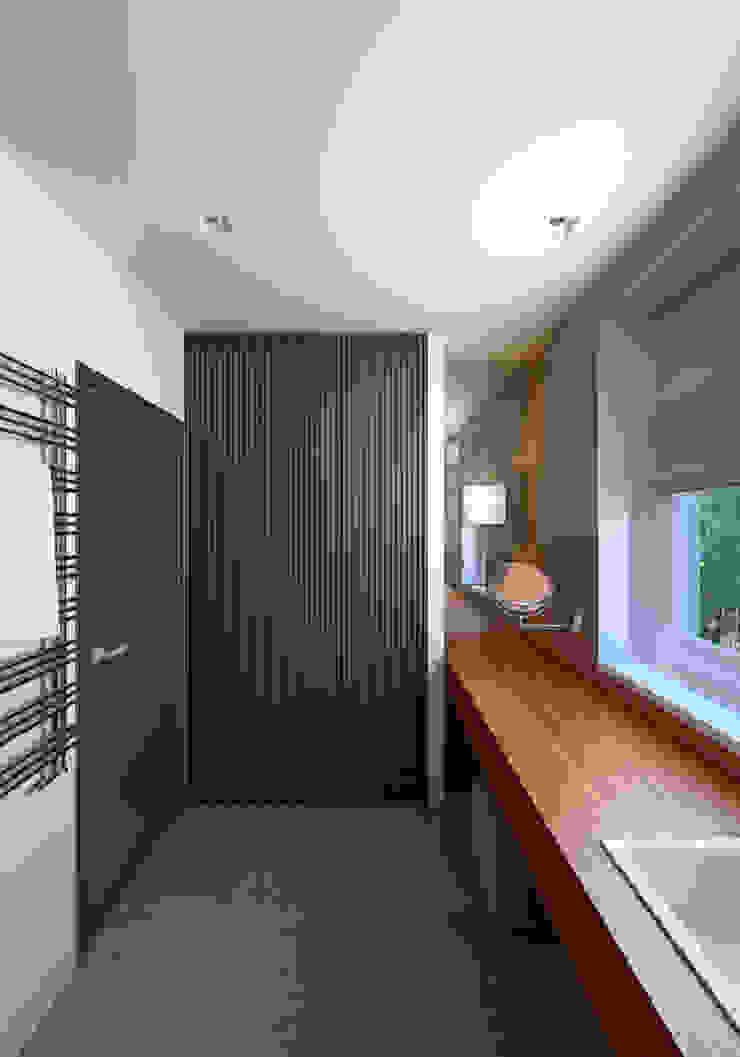 Ванная комната Ванная комната в стиле минимализм от lab21studio Минимализм