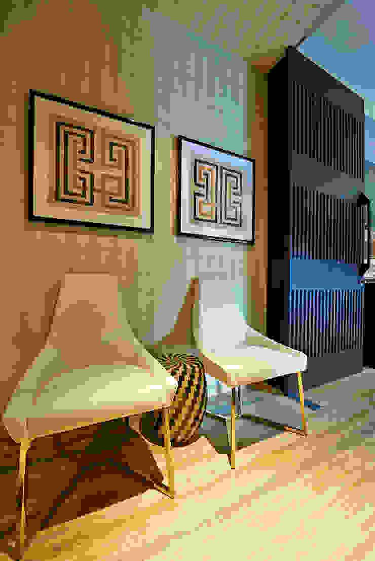 Pasillos, vestíbulos y escaleras de estilo ecléctico de Viterbo Interior design Ecléctico