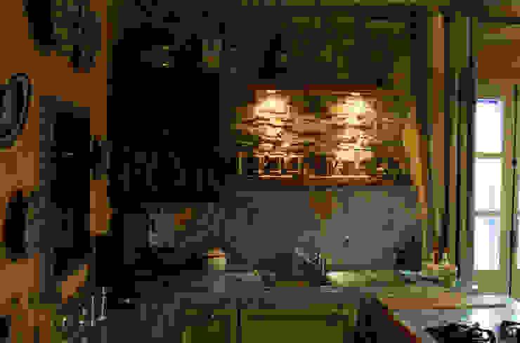 Naro architettura restauro       'Dein Landhaus im Piemont'의  주방