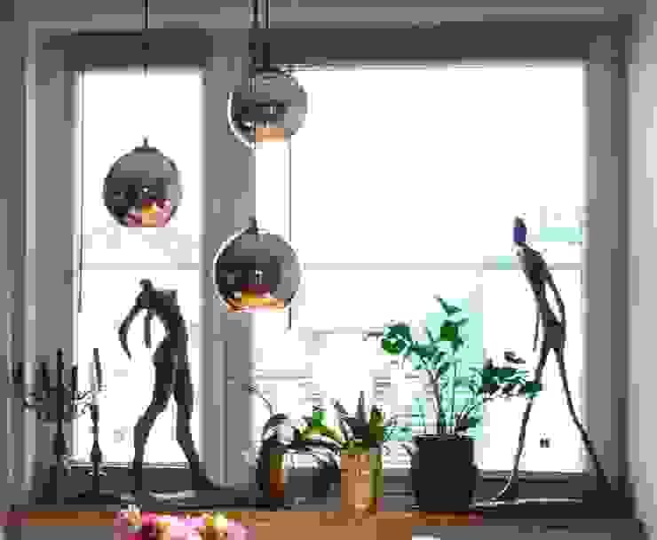 Detal okna: styl , w kategorii Salon zaprojektowany przez Studio Modelowania Przestrzeni,Eklektyczny