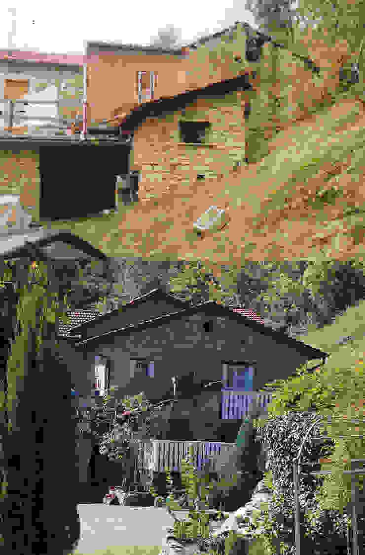 บ้านนอก  โดย Naro architettura restauro       'Dein Landhaus im Piemont', ชนบทฝรั่ง