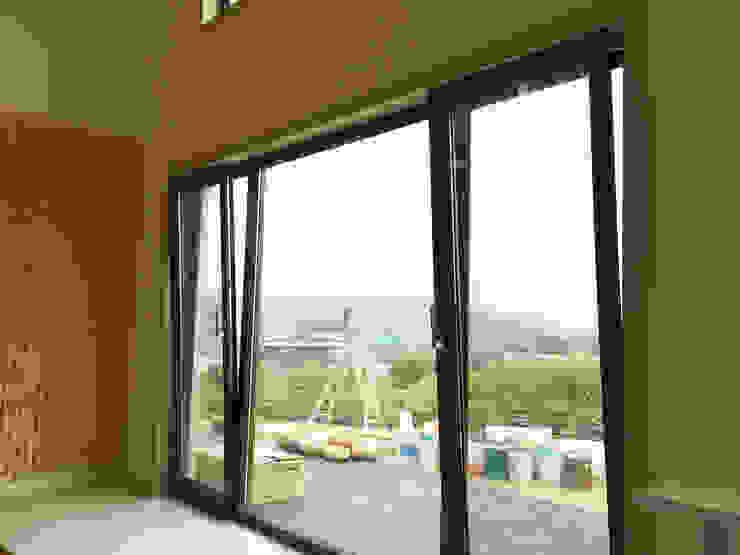 Mediterranean style balcony, veranda & terrace by 21c housing Mediterranean