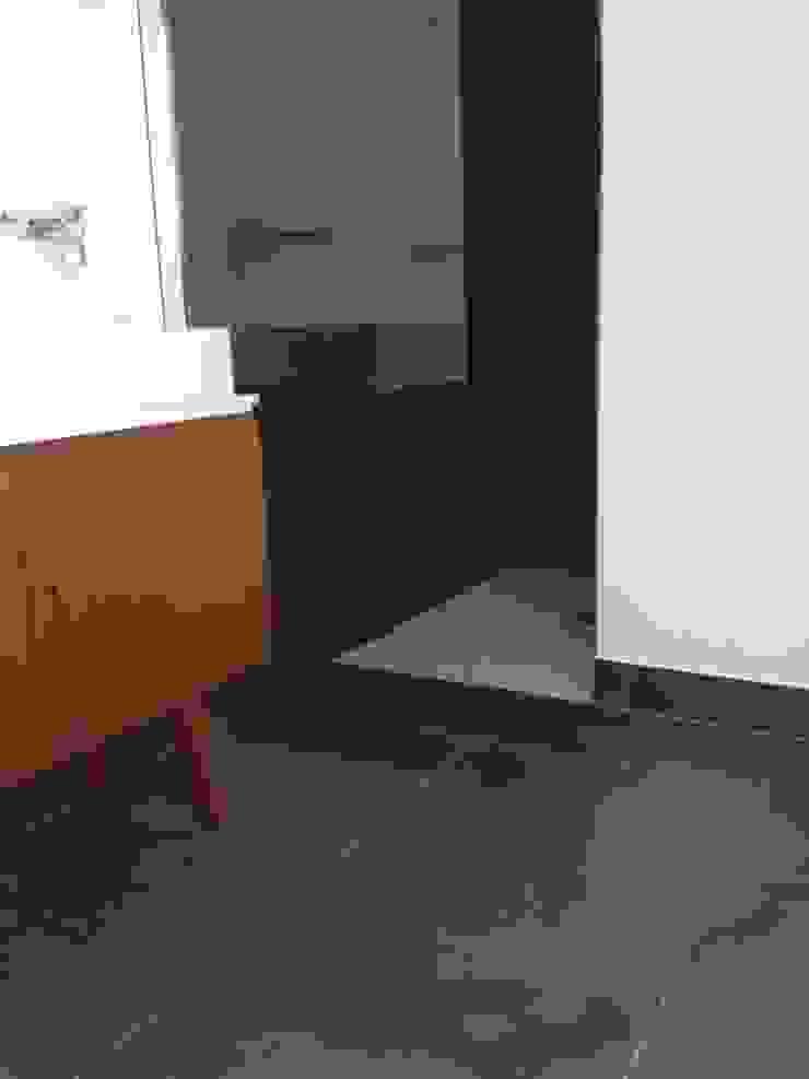 Görer Fliesen und Bau GmbH Baños de estilo rústico