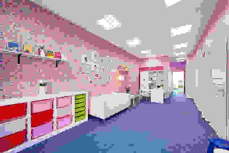 Детский клуб <q>Маруся</q> Школы в эклектичном стиле от Порядок вещей - дизайн-бюро Эклектичный