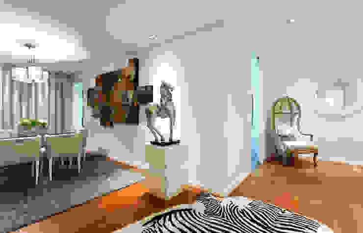 Corredores, halls e escadas modernos por homify Moderno