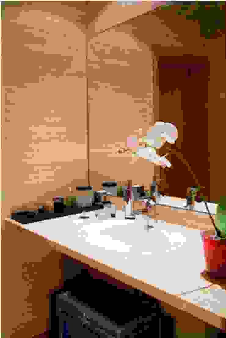 WC Social Casas de banho modernas por Andreia Marques Designer de Interiores Moderno Pedra