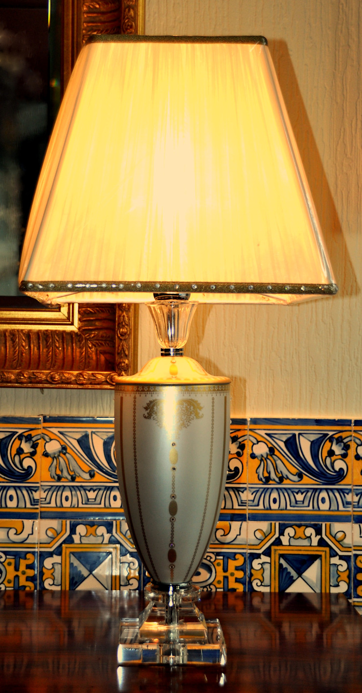 Candeeiro Mangani com cristais Swarovski por Gioconda design de interiores Clássico