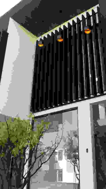 PASEO DE LAS CORDILLERAS 11, lomas de angelopolis Casas modernas de bageti proyectos Moderno Hierro/Acero