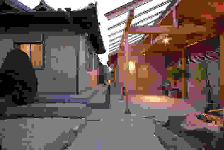 趣味の部屋 モダンデザインの 多目的室 の 株式会社 中村建築設計事務所 モダン