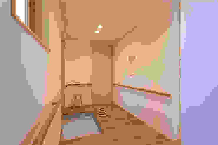 一本木の家(増築) モダンな 家 の 大類真光建築設計事務所 モダン