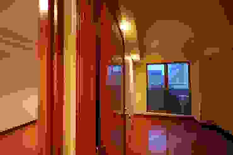 ビフォー 個室: 株式会社 中村建築設計事務所が手掛けたアジア人です。,和風