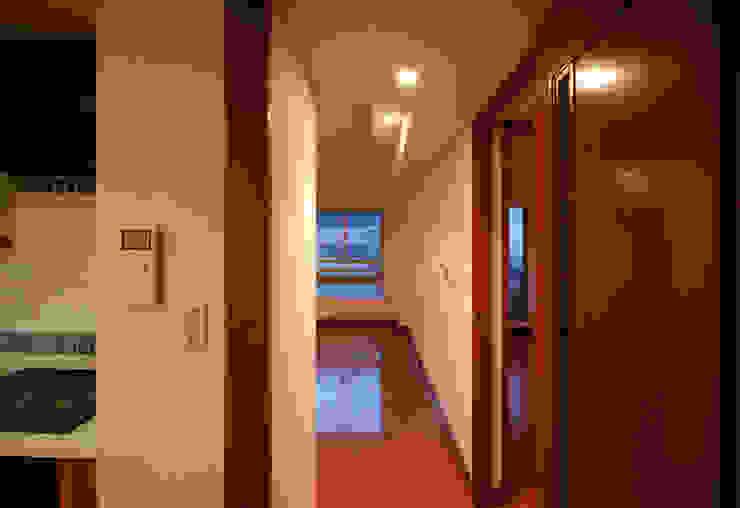 ビフォー廊下: 株式会社 中村建築設計事務所が手掛けたアジア人です。,和風