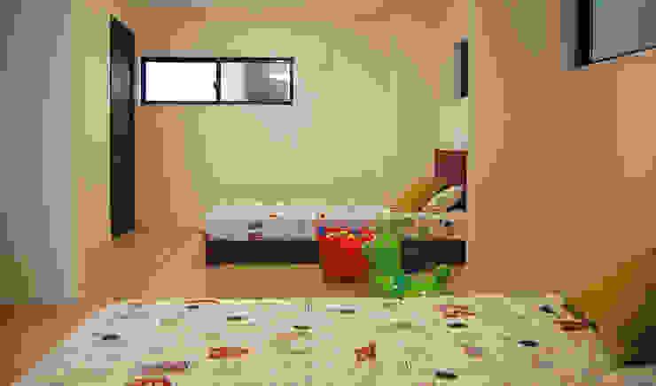 子供部屋 オリジナルデザインの 子供部屋 の 有限会社スタイラス / THE HOUSE OF STYLUS オリジナル 木 木目調