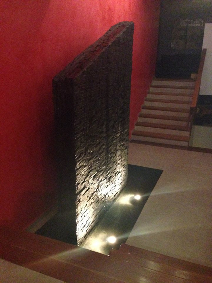 Casa Méndez Pasillos, vestíbulos y escaleras modernos de MAFF Arquitectura + Construccion Moderno