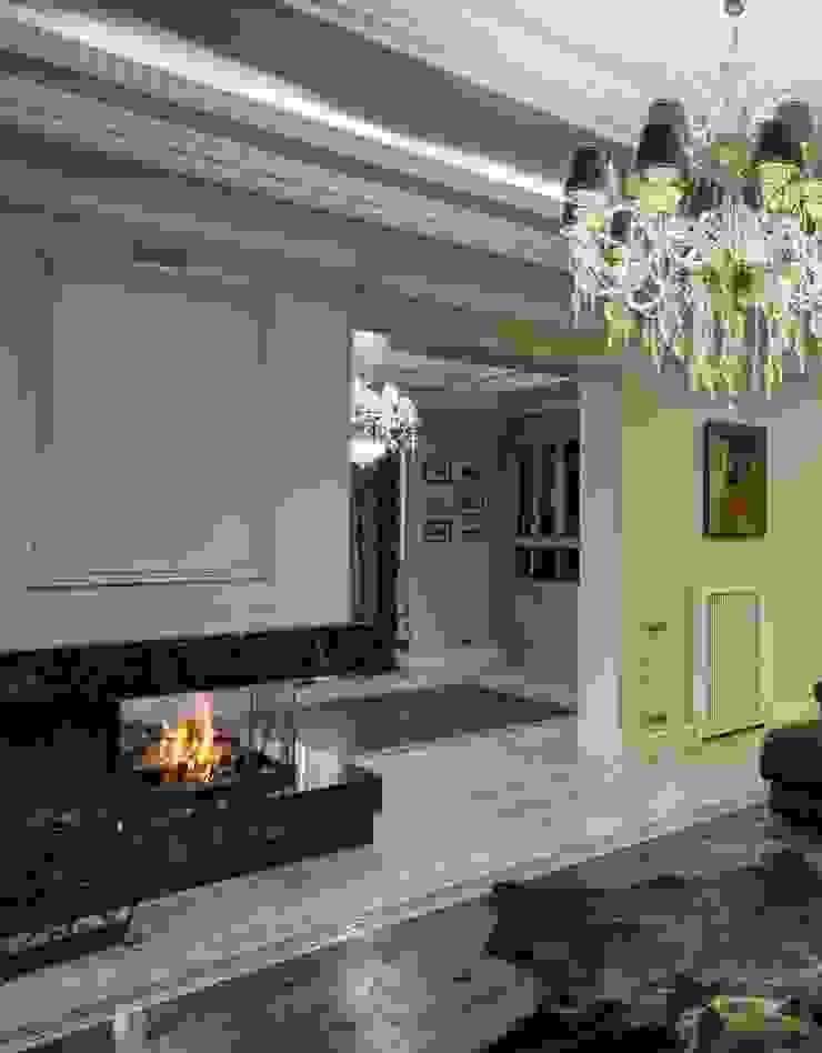 гостиная от Kisliakova Elena Interiors Эклектичный