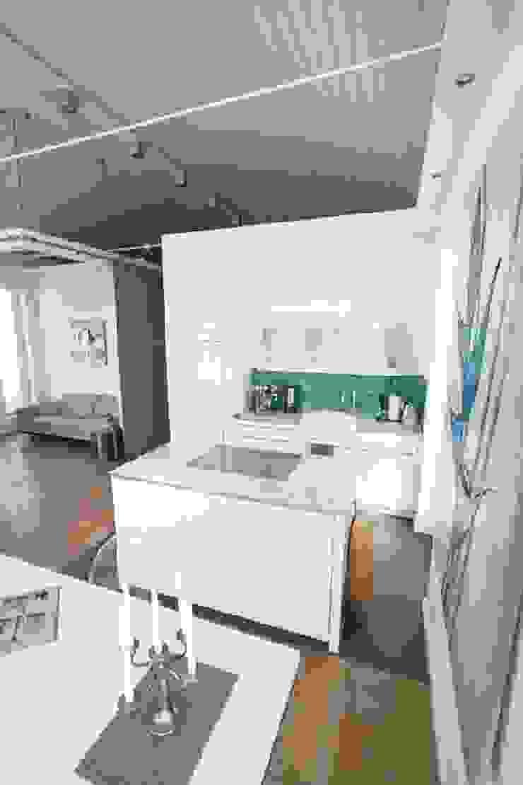 JWD Concept GmbH KitchenCabinets & shelves