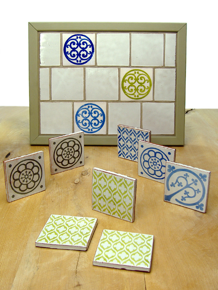 Contemporary Range of Earthenware Tiles Deiniol Williams Ceramics 牆壁與地板磁磚 陶器