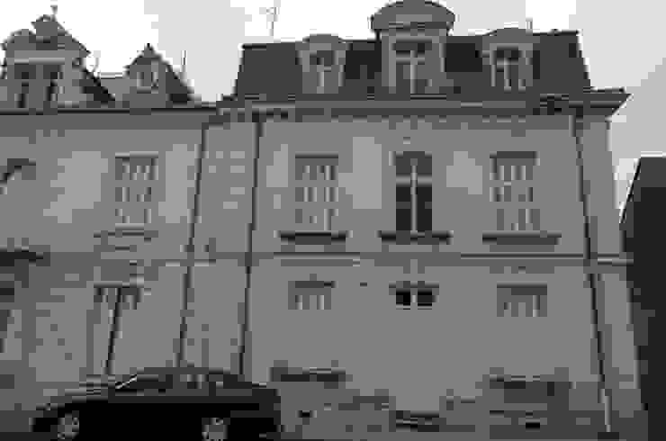 La façade sur rue Maisons classiques par Christèle BRIER Architechniques Classique