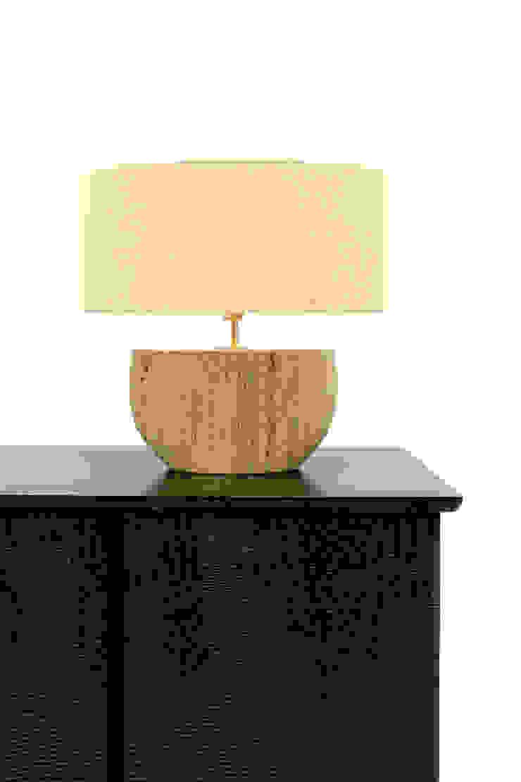SHELL Lamp por PAULO S. ANTUNES UNIPESSOAL, LDA. Moderno