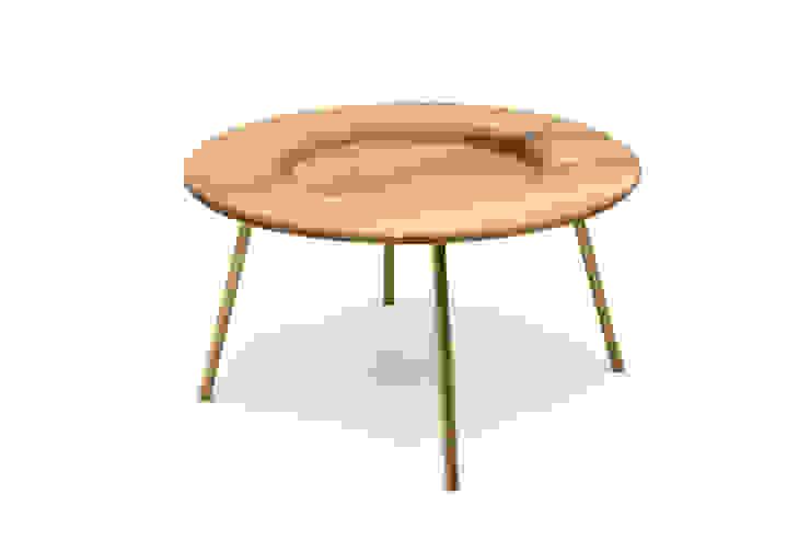 BOARD Coffee Table por PAULO S. ANTUNES UNIPESSOAL, LDA. Escandinavo