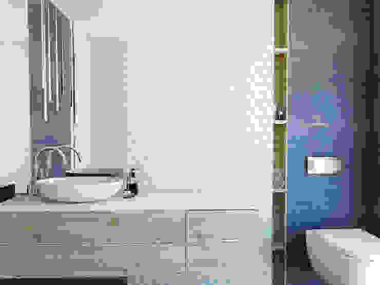 Łazienka Skandynawska łazienka od FOORMA Pracownia Architektury Wnętrz Skandynawski