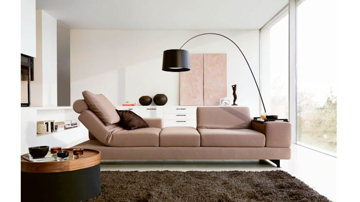Design Lounge Hinke Wien: minimalist tarz , Minimalist Tekstil Altın Sarısı