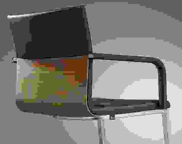 di Bacher Tische m. & W. Bacher GmbH Moderno