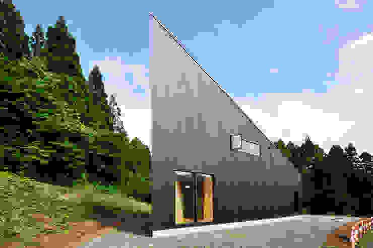 에클레틱 주택 by 山本想太郎設計アトリエ 에클레틱 (Eclectic) 우드 우드 그레인
