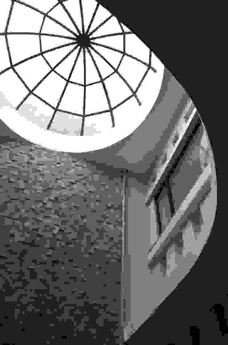 Atrium- Dome Skylight Minimalist office buildings by Chaukor Studio Minimalist