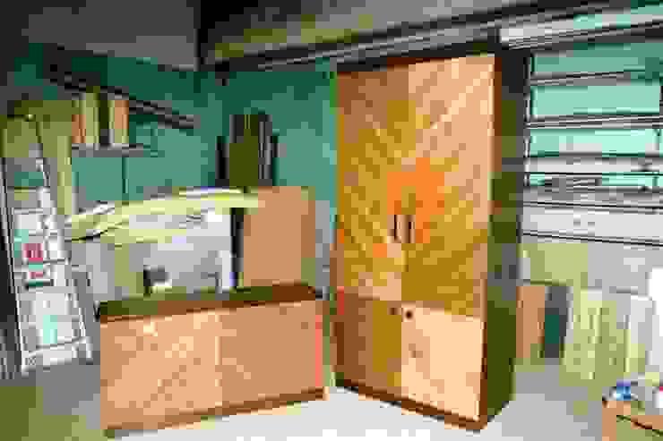 Мебельная мастерская Александра Воробьева ВбиральняГардероби та висувні ящики MDF