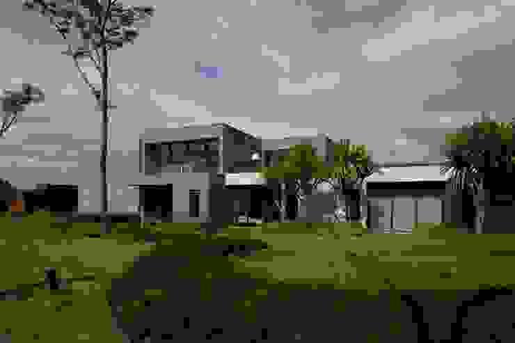 Casa Capitão do Mato Jardins modernos por Hermanny Arquitetura Moderno