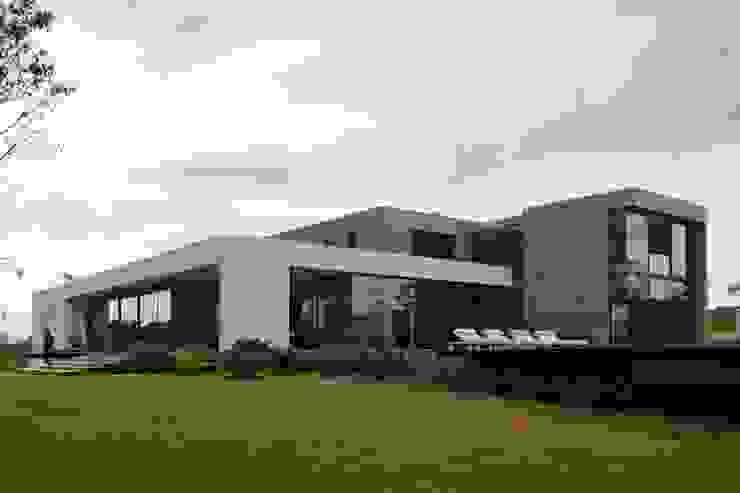 Casa Capitão do Mato Casas modernas por Hermanny Arquitetura Moderno
