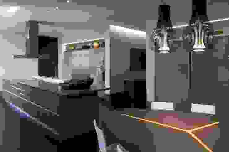 Casa Capitão do Mato Cozinhas modernas por Hermanny Arquitetura Moderno