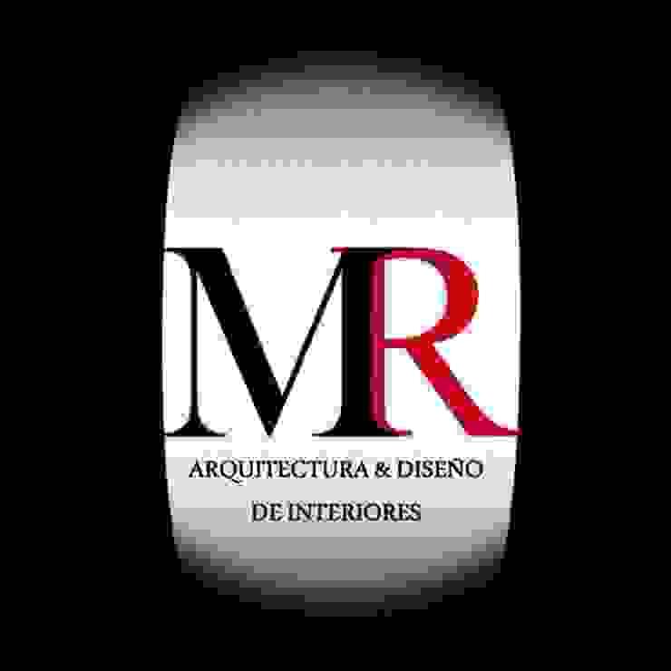 OMR de OMR ARQUITECTURA & DISEÑO DE INTERIORES Clásico Cerámico