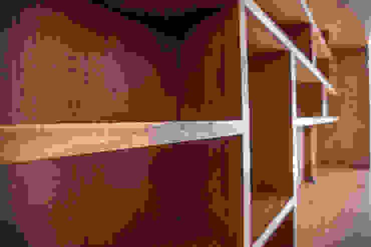 detalle de acabados de RTZ-Arquitectos Moderno