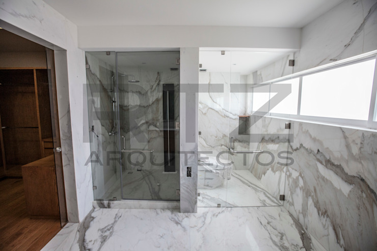 baño principal Baños modernos de RTZ-Arquitectos Moderno