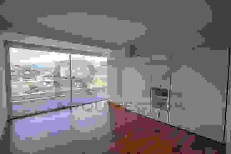 camas desplegables Dormitorios modernos de RTZ-Arquitectos Moderno