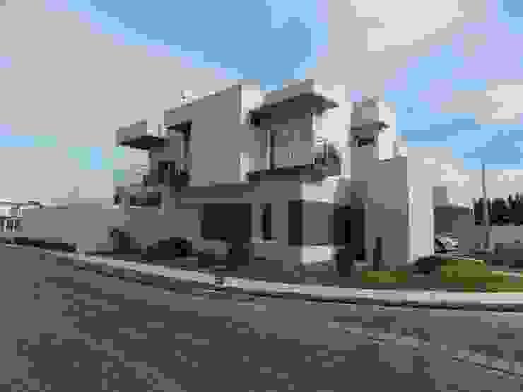 Casa Montreal por BAOS arquitetura + construtora Moderno