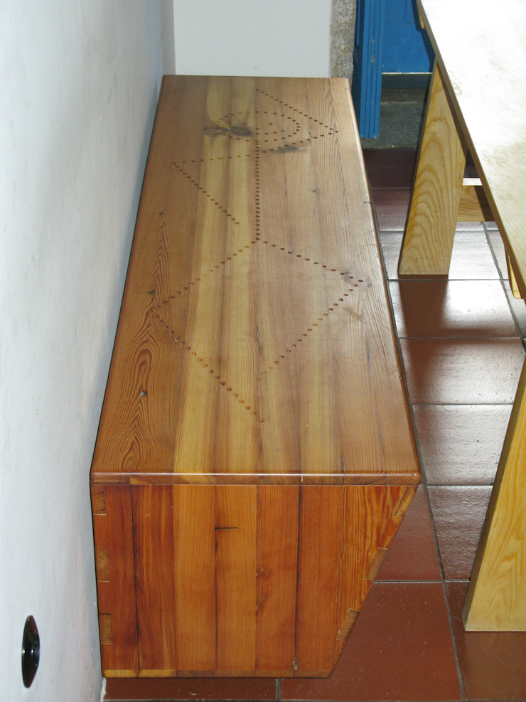 Lenho Lento Cooperativa Ingresso, Corridoio & ScaleSedute
