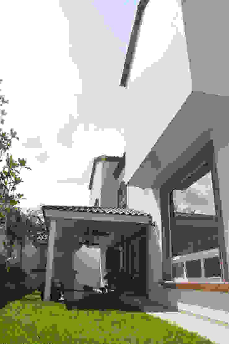 Patio Casas coloniales de fc3arquitectura Colonial