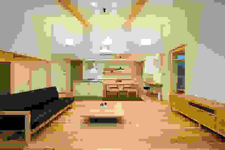 現代廚房設計點子、靈感&圖片 根據 株式会社kotori 現代風