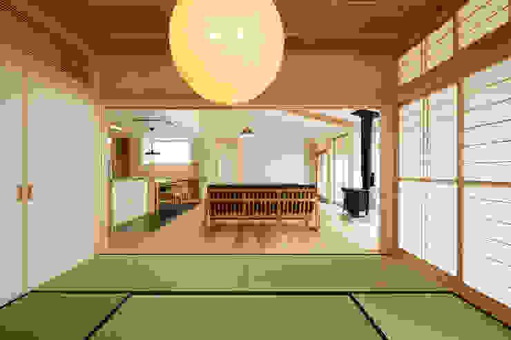 Media room by 株式会社kotori