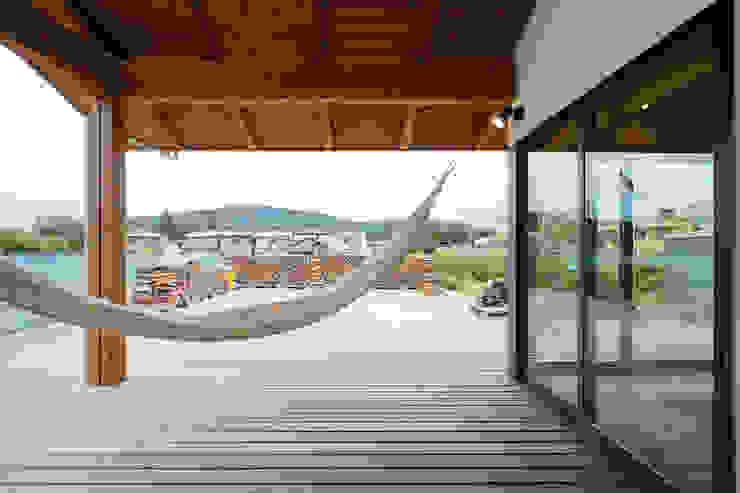 by 株式会社kotori Scandinavian Wood Wood effect