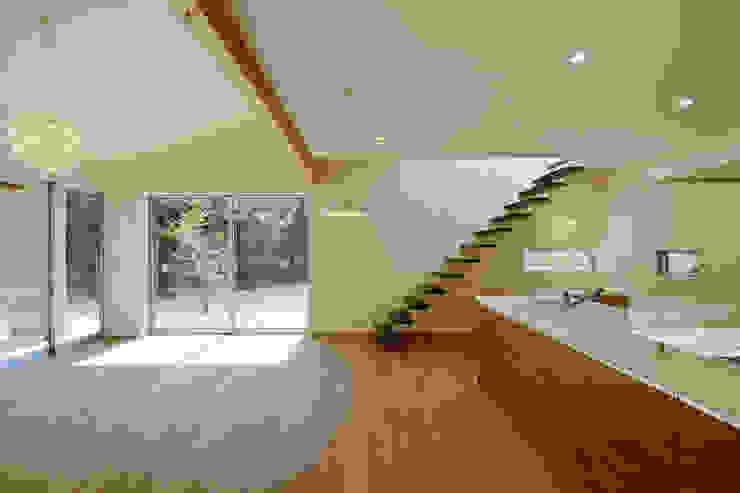 石巻町の家 北欧スタイルの 玄関&廊下&階段 の 株式会社kotori 北欧