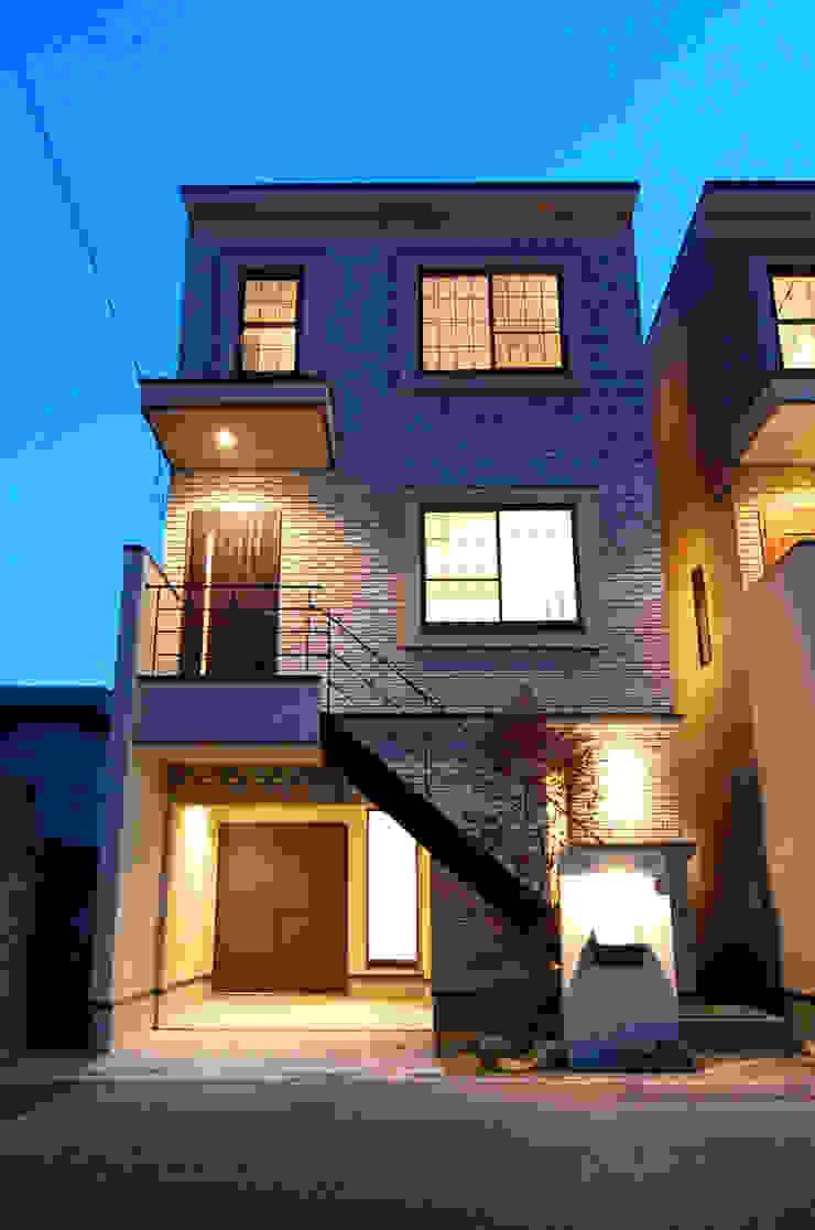 外観 オリジナルな 家 の 有限会社スタイラス / THE HOUSE OF STYLUS オリジナル レンガ
