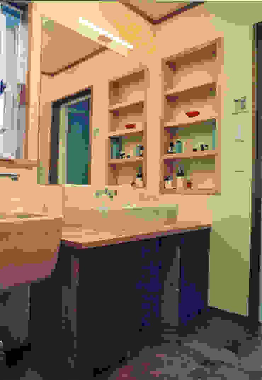 skog モダンスタイルの お風呂 の 株式会社 atelier waon モダン