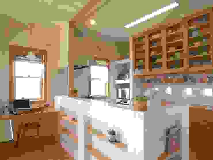 平尾の家 モダンな キッチン の 株式会社 atelier waon モダン
