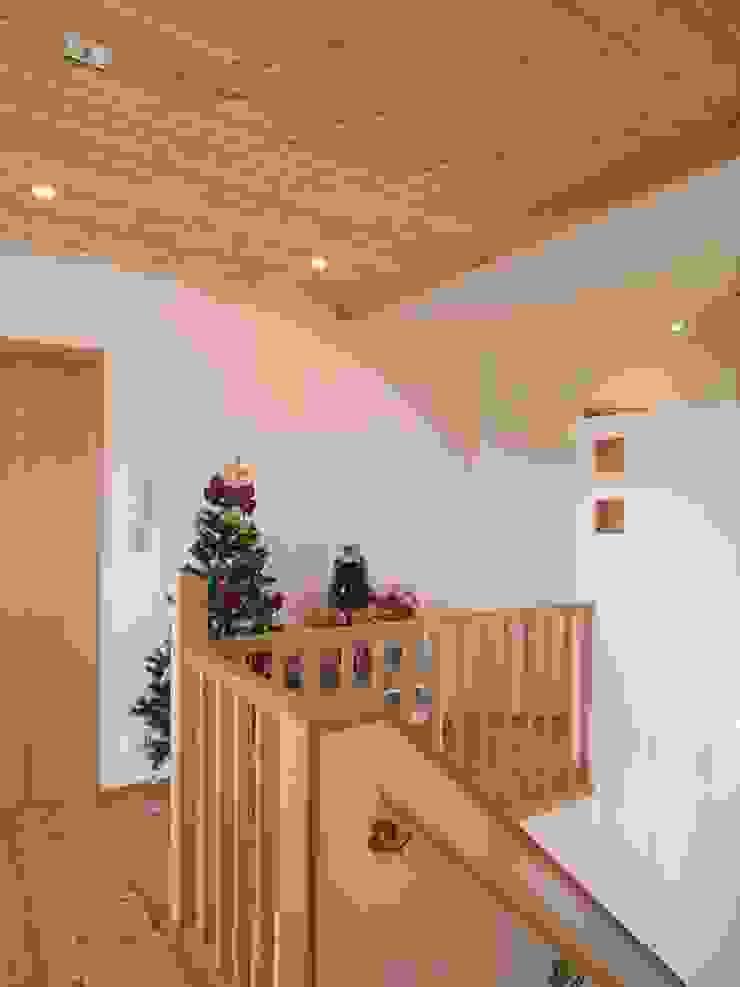 平尾の家 モダンデザインの 多目的室 の 株式会社 atelier waon モダン